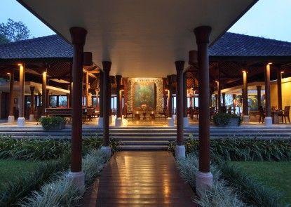Villa Puri Candikuning Eksterior