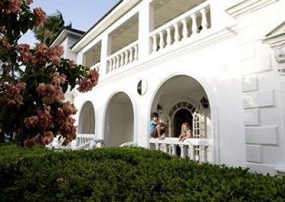 Villas at Half Moon