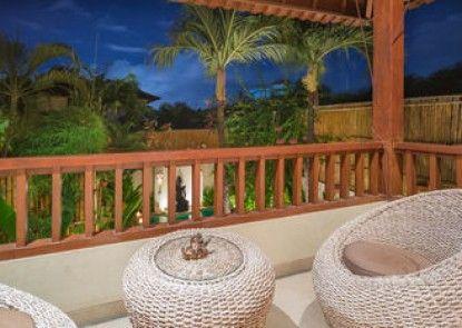 Villa Seriska Seminyak Bali Teras