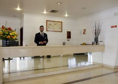 VIP Executive Marquês Aparthotel