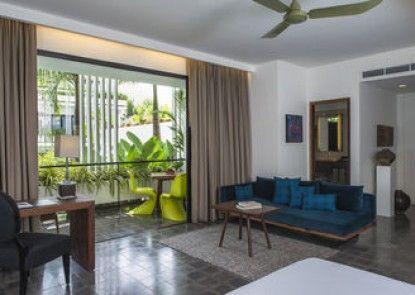 Viroth\'s Hotel