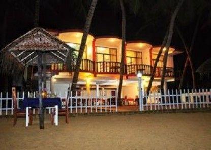 Vista Wasana Beach Hotel