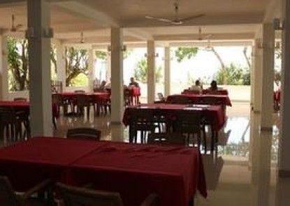Vista Jaga Bay Resort