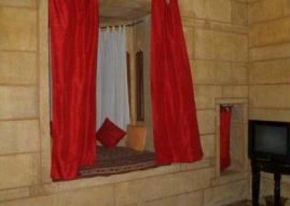 Vista Rooms at Patwa Haveli Road