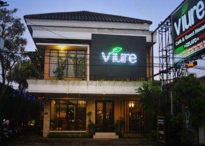 Viure Cafe & Guesthouse Teras