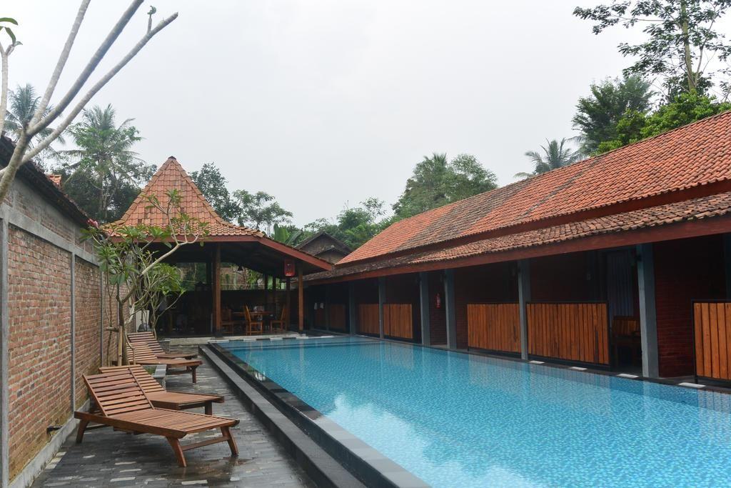 Wahid Borobudur, Magelang