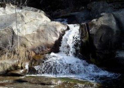 Waterfall House near Yosemite
