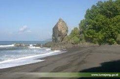Pantai Watu Godeg
