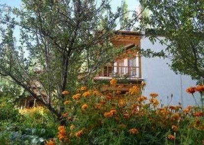 Welcomheritage Lha - Ri - Sa Resort