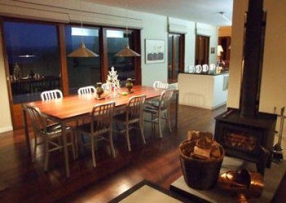 Wellesley Lodge Pukawa Bay