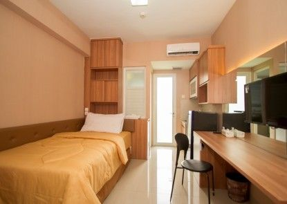 WENSROOM Seturan Student Castle Apartment Teras