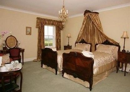 West Longridge Manor B&B