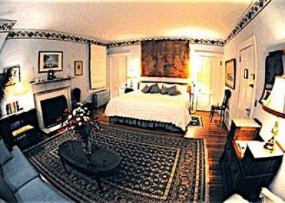 Whistler\'s Inn Bed & Breakfast