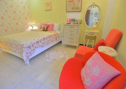 White Cotton Candy Bed and Breakfast