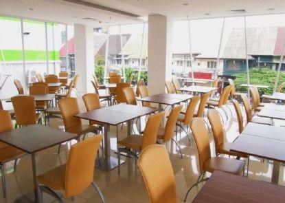 Whiz Hotel Cikini Jakarta Rumah Makan