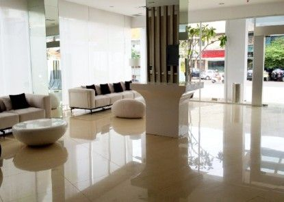 Whiz Hotel Cikini Jakarta Lobby