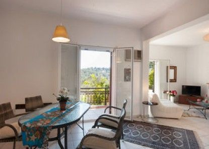 Wildrose Corfu Apartments