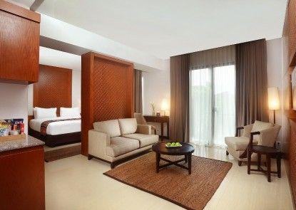 Wimarion Hotel Semarang Ruangan Suite