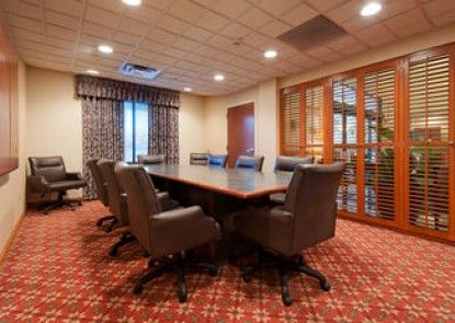 Wingate by Wyndham - Columbia Harbison