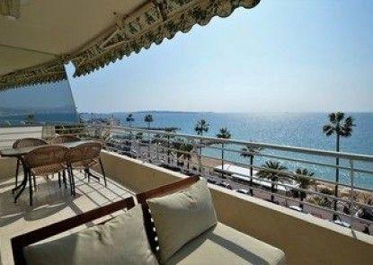 Wonderful seafront Apartment - 3-bedroom