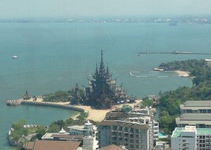 Wong Amat Tower - 65 SQM 1 BR Suite