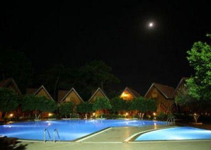 Woodline Hotel