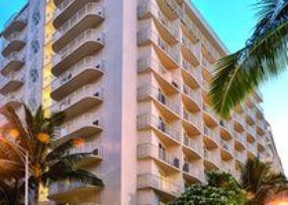 Wyndham Waikiki Beach Walk