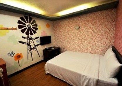 Xiaojenshan Inn