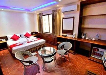 Yadanar Theingi Hotel