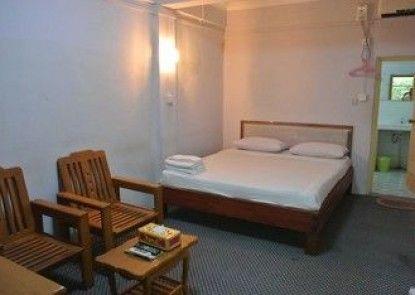 Yaewaddy Motel