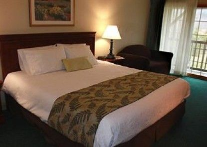 Yankee Inn