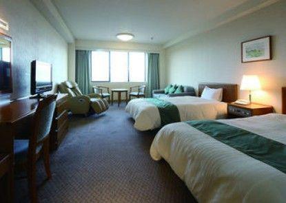 Yatsugatake Royal Hotel