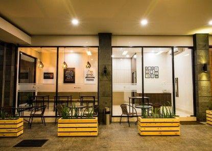 Yobel Guest House Kafe