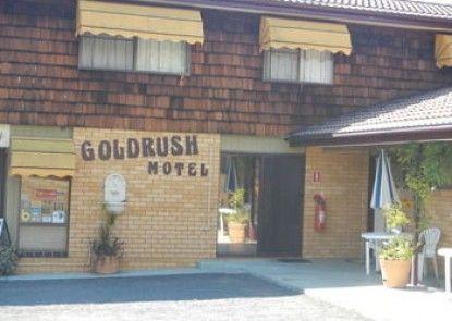 Young Goldrush Motel