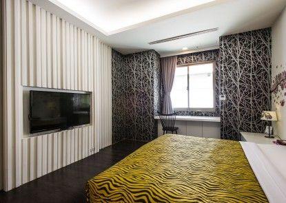 Yuan Chyau Motel