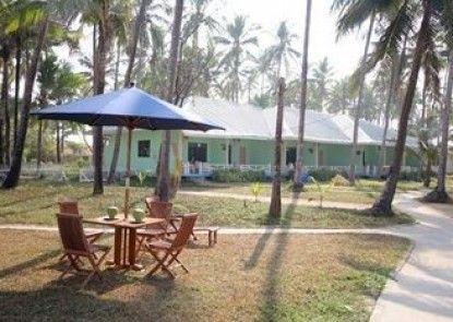 Yuzana Resort Ngwe Saung Beach