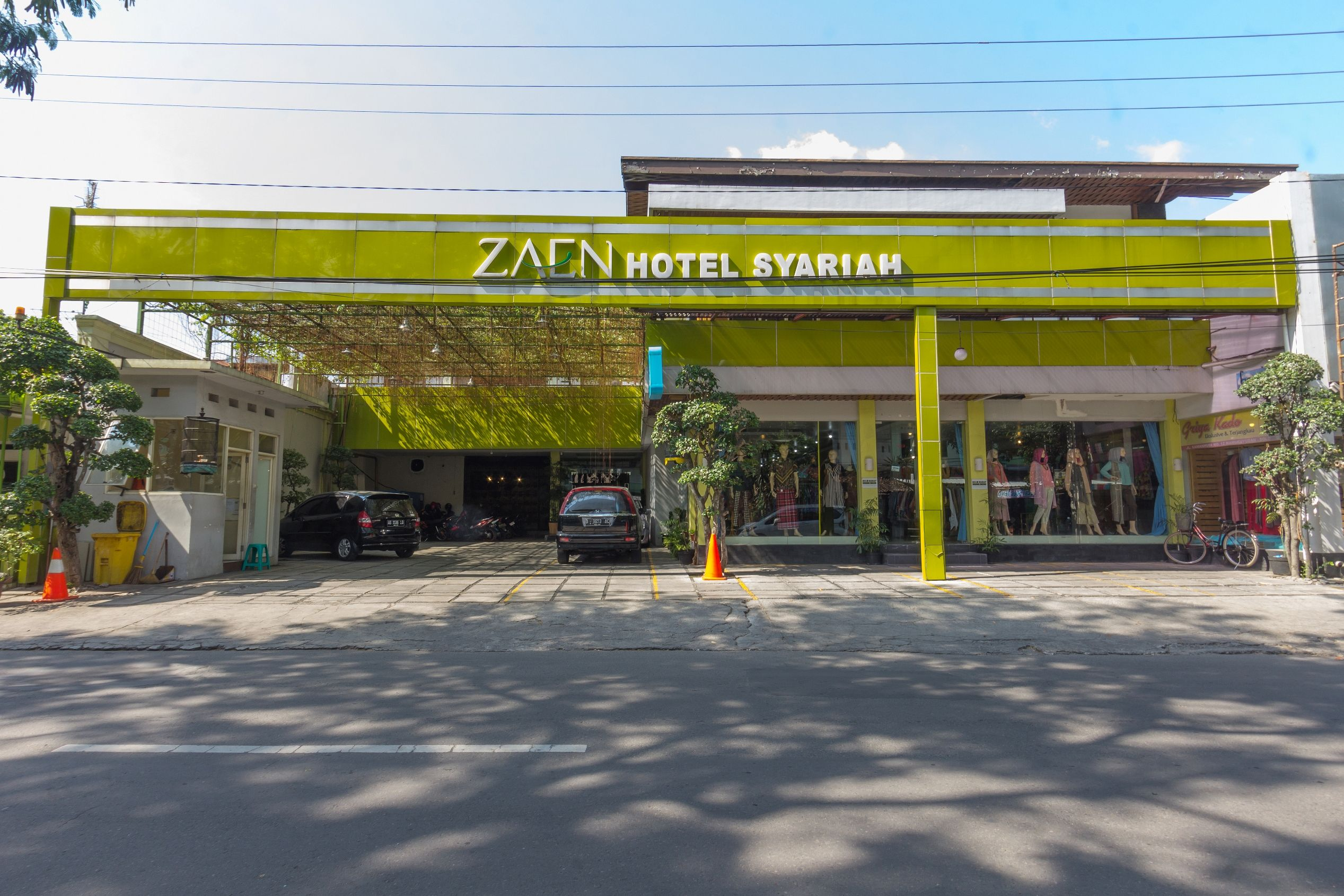 Zaen Hotel Syariah Solo, Solo