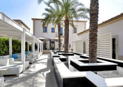 Zafran Boutique Hotel