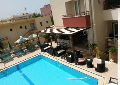 Zannis Hotel Apartments