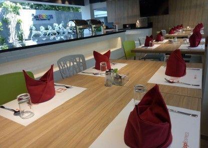 Zuri Express Jimbaran Bali Rumah Makan