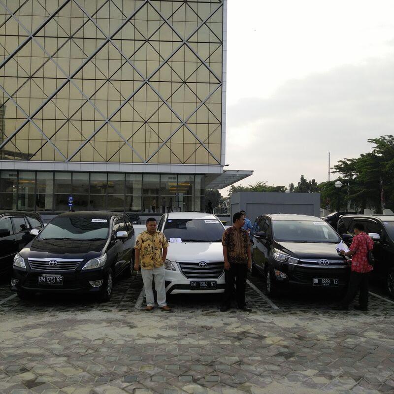 Foto 200 RENT CAR