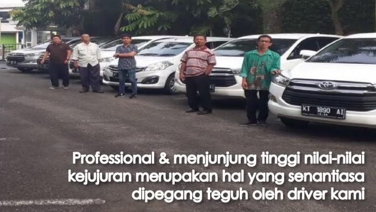 Bangga menghadirkan layanan berkualitas dan berkelas, Buktikan layanan terbaik dari driver kami.