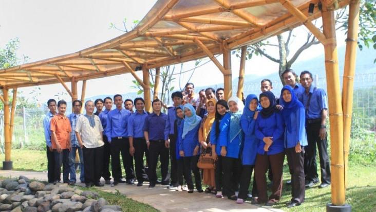 Komisaris, Direksi dan Staff Tritama Nusantara