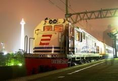 Cirebon Ekspress di stasiun Gambir
