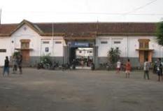 Pesan Tiket Kereta Api ke Cirebon - Arjawinangun