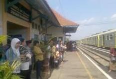 Pesan Tiket Kereta Api ke Klaten - Brambanan