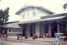 Pesan Tiket Kereta Api ke Surabaya - Surabaya Gubeng